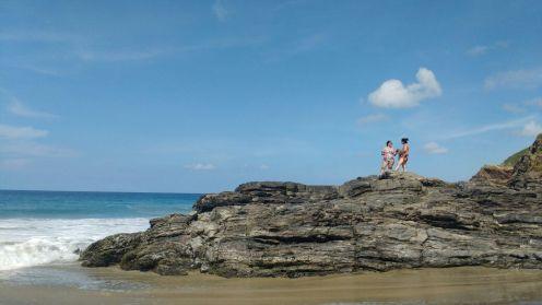 Caminando por la orilla de la playa nos encontramos con hermosos escenarios, este es uno.